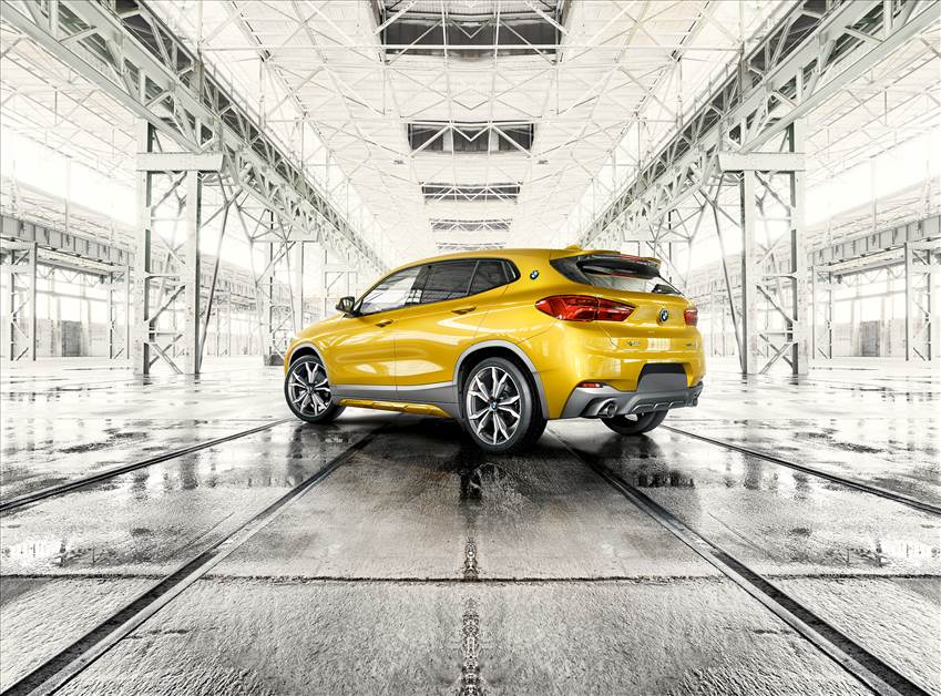 Demo BMW X2 xDrive28i for $549+HST / month.
