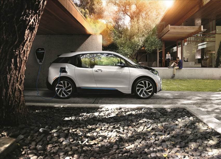 Electrifying Driving Pleasure. The BMW i3.