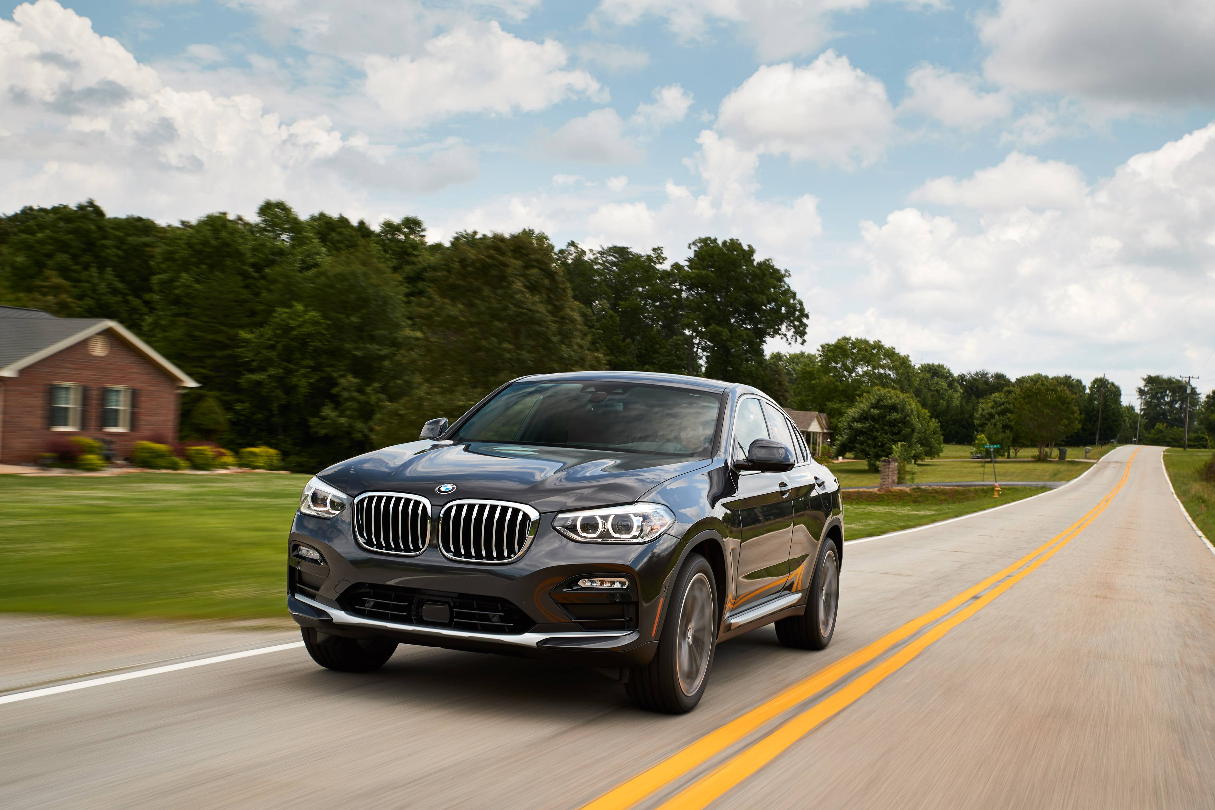 Demo BMW X4 xDrive30i for $649+HST / month.