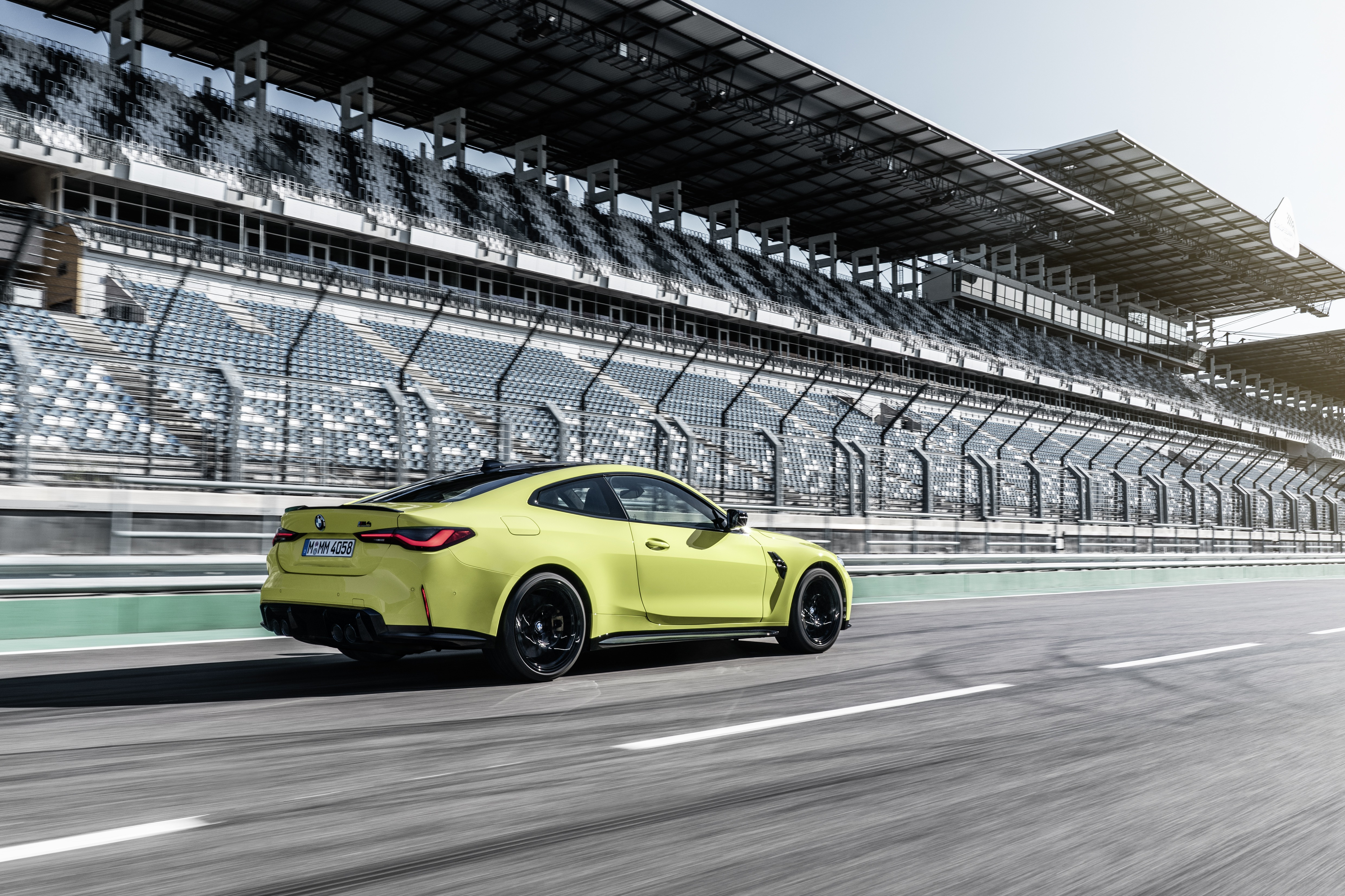 2021 BMW M4 Coupe for $999+HST / month